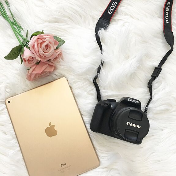 iPad and Canon Rebel Kit Giveaway