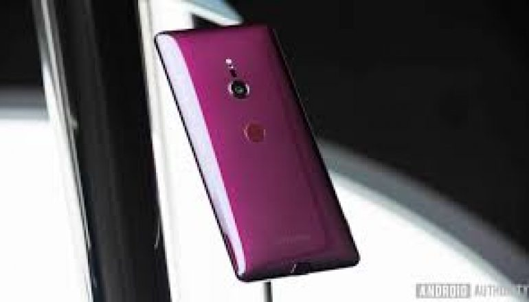 Androidauthority Sunday Giveaway: Win A Sony Xperia XZ3 (5 Winners) [CLOSED]