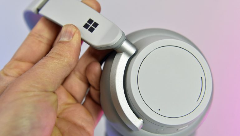 Windows Central Surface Headphones Giveaway: Win Windows Surface Headphones [CLOSED]